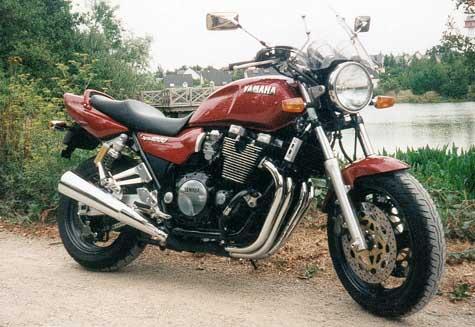 moto yamaha annee 90